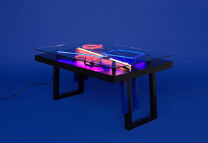 Aeon lines -table, photo Anna Niskanen